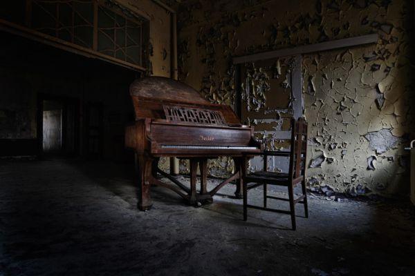 piano-sanatorium-2-aangepastD8D7C0A5-7D5E-C275-BD54-4F9FA8EB607F.jpg